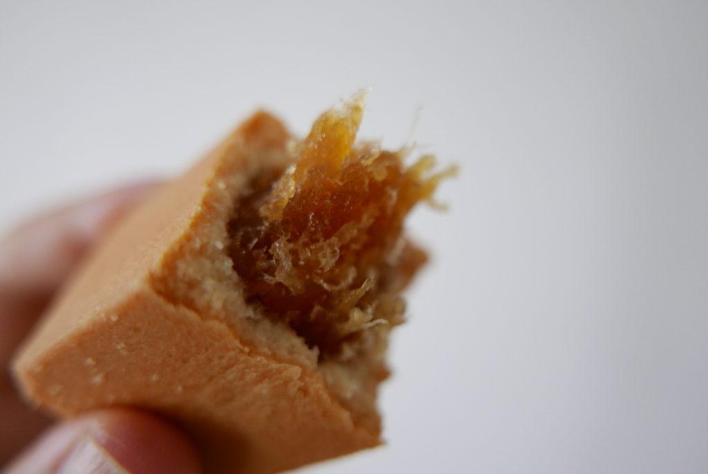サニーヒルズのパイナップルケーキ